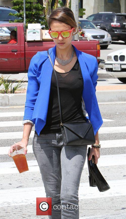 jessica alba out for lunch in santa 4035787