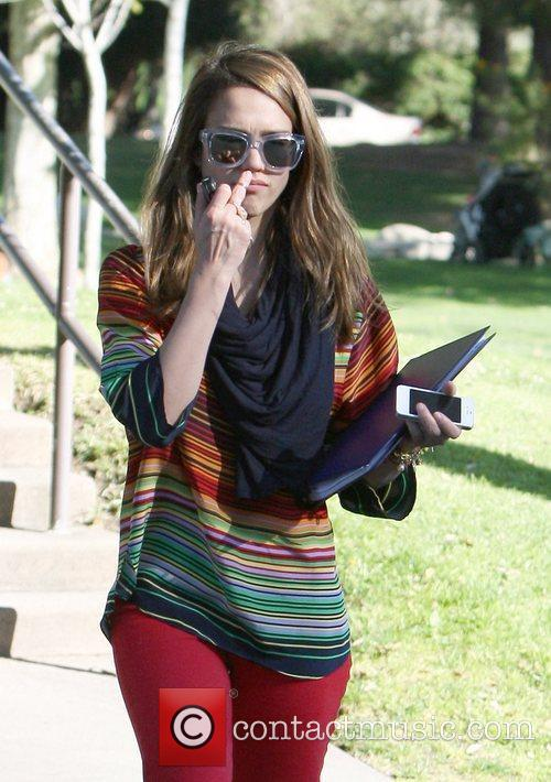 jessica alba playing in the park in 5813822