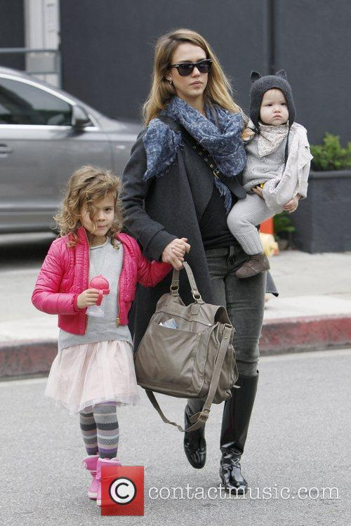 Honor Marie Warren, Jessica Alba and Haven Garner Warren 4