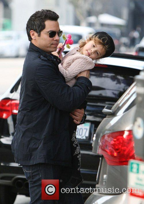 Cash Warren and his daughter Honor Marie return...
