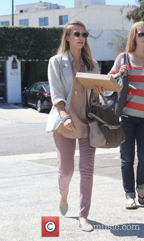 Jessica Alba is seen shopping at Jenny Kayne...