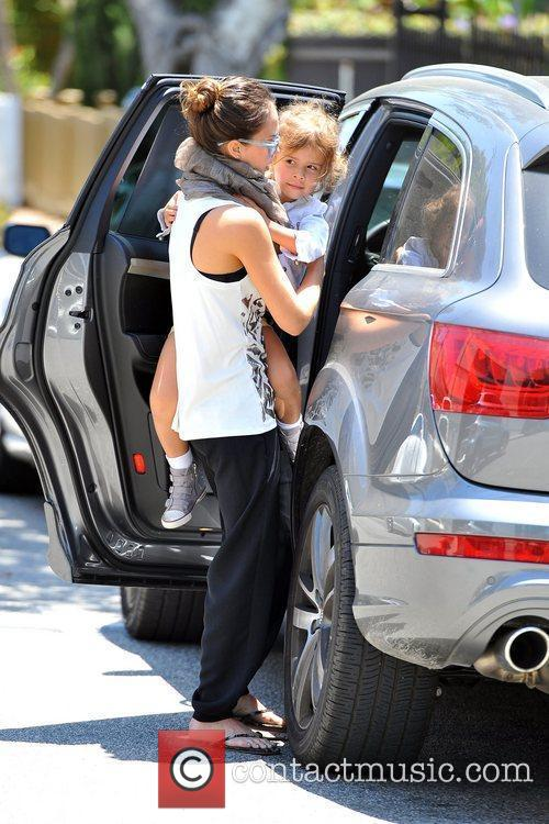 jessica alba seen dropping off daughter honor 5871946