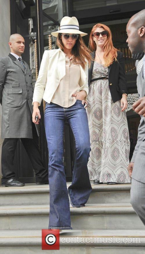 jessica alba leaving her hotel london england   300512 3916670
