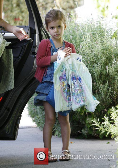 Jessica Alba's daughter Honor Marie Warren out and...
