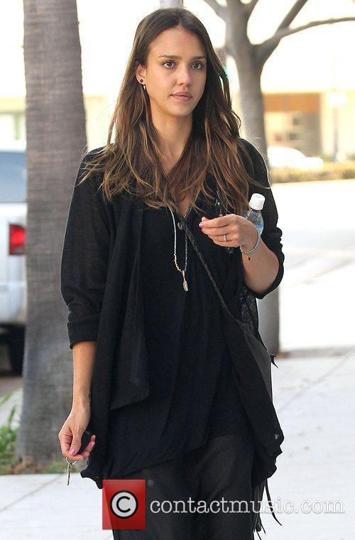 jessica alba leaving nail design in beverly 4020938