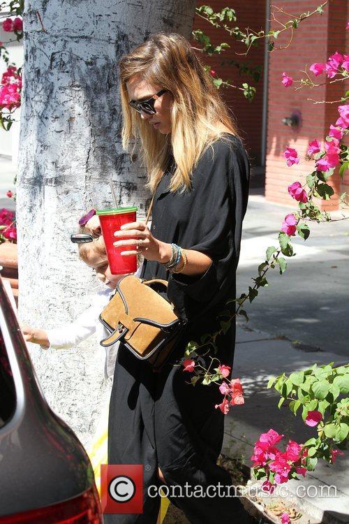 Jessica Alba and Los Angeles 18