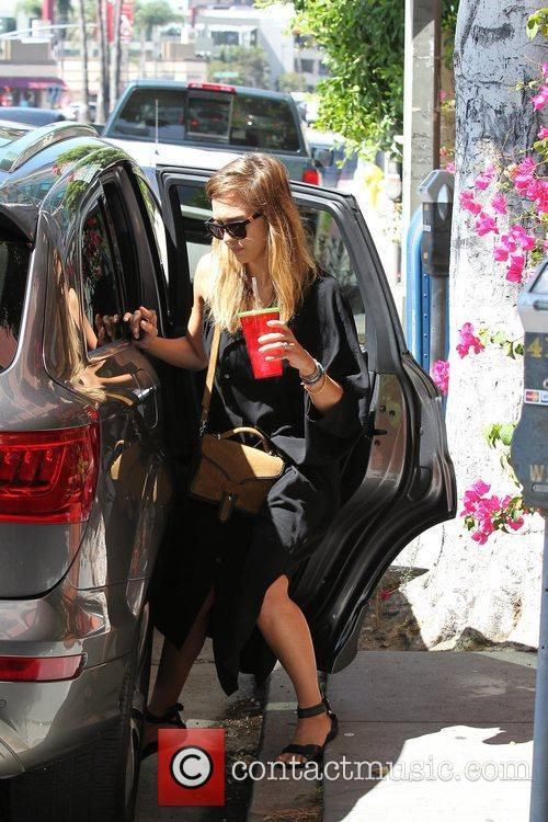 Jessica Alba and Los Angeles 1