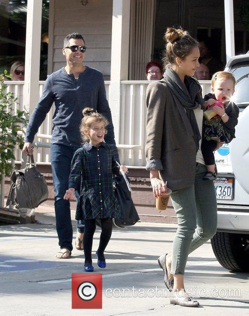 Cash Warren, Honor Warren, Haven Warren and Jessica Alba 3
