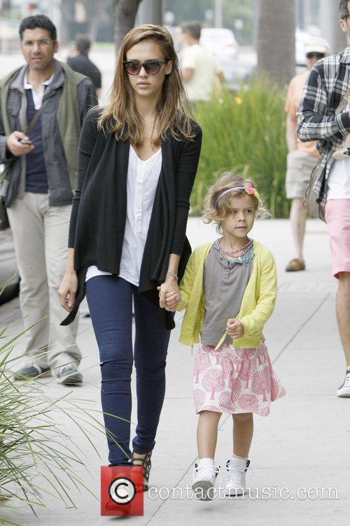 jessica alba and honor marie warren have 5898626
