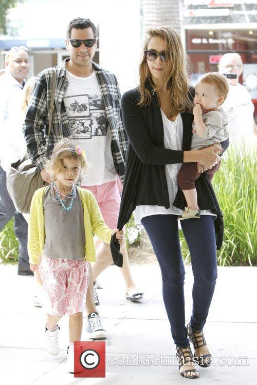 Jessica Alba and Cash Warren 8