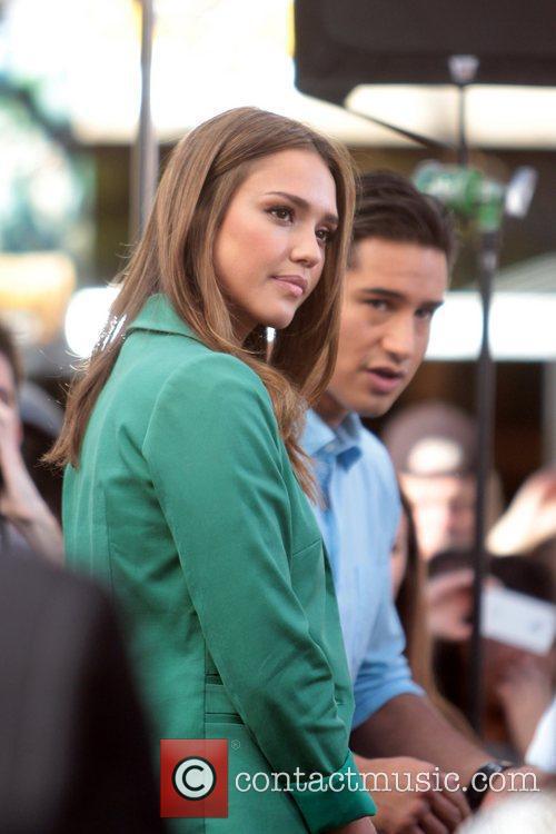 Jessica Alba and Mario Lopez 4