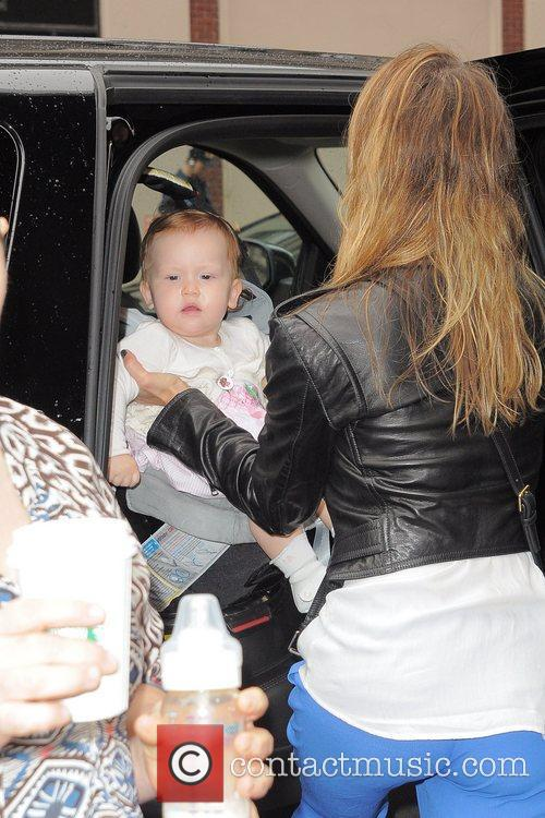 jessica alba and her daughter haven leaving 5926479