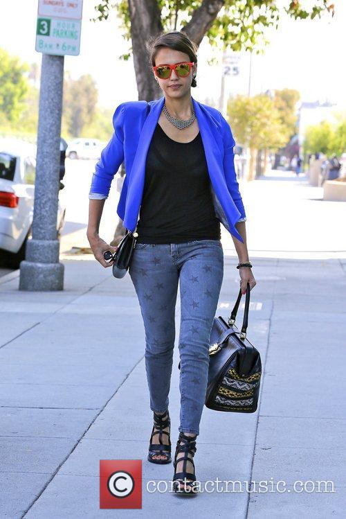 jessica alba seen wearing heels and star 5894834
