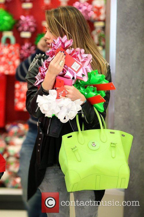 jessica alba seen christmas shopping at target 5970585