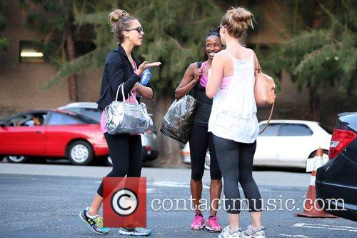 jessica alba and her friends exits third 5922668