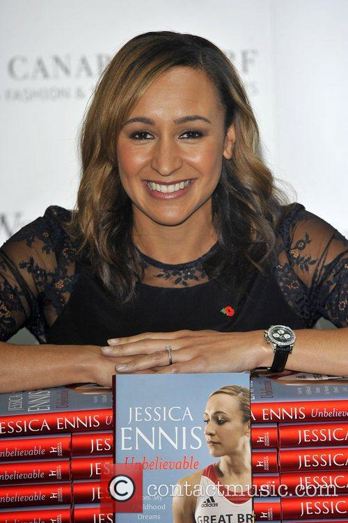 jessica ennis promotes and signs copies of 4168448