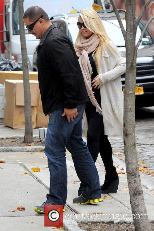 Jessica Simpson and Manhattan Hotel 3
