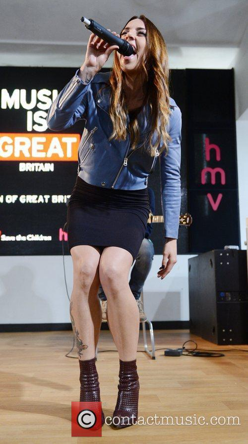 Performs at HMV, Oxford Street,