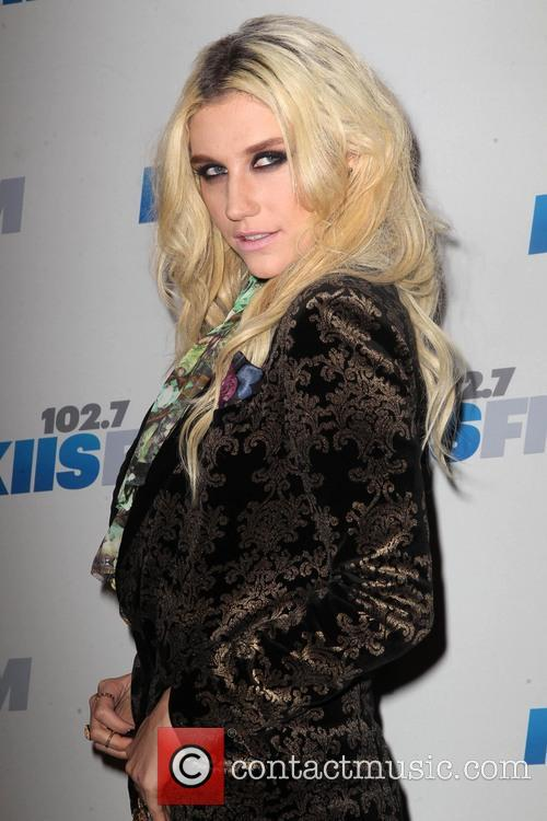 Jingle Ball Held, Nokia Theatre L., A. Live and Arrivals 11