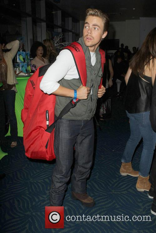 Jingle Ball, G, Guess, Nokia Theatre L., A. LIVE and Gifitng Lounge 1