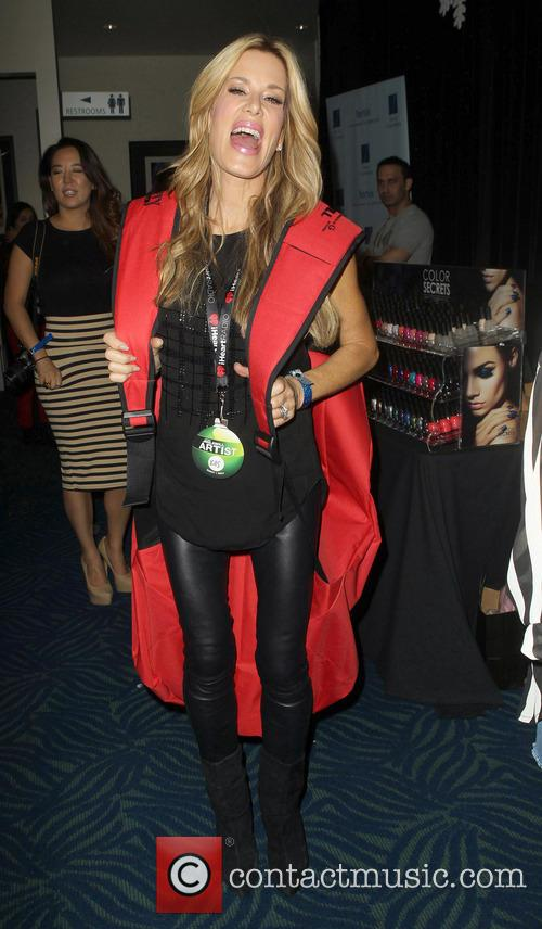 Jingle Ball, G, Guess, Nokia Theatre L., A. Live and Gifitng Lounge 9