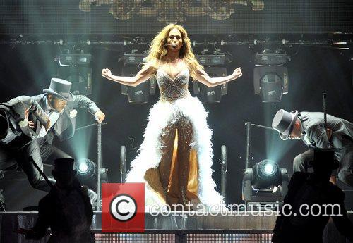 Jennifer Lopez and O2 Arena 11