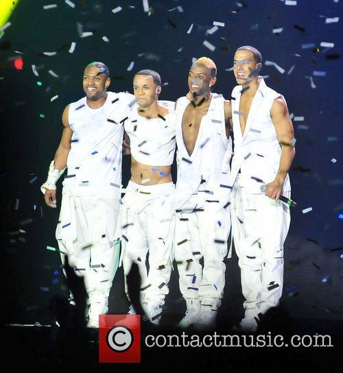 Aston Merrygold and Liverpool Echo Arena 5