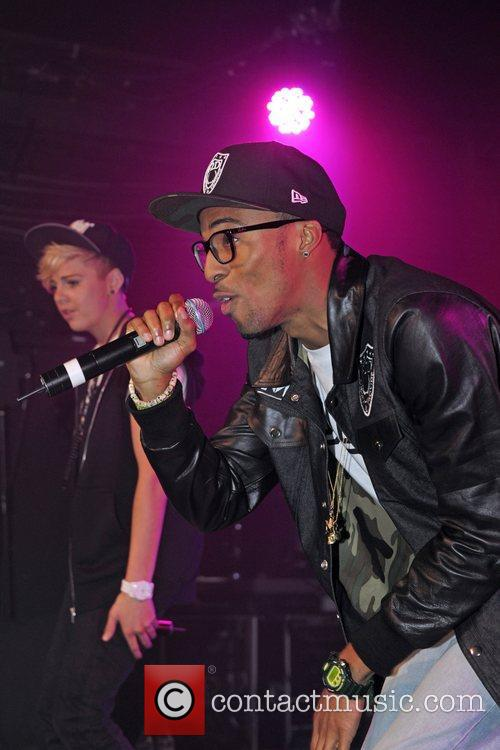 MK1 performs at G-A-Y London