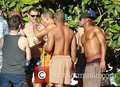 marvin humes is egged on by bandmates 3861826