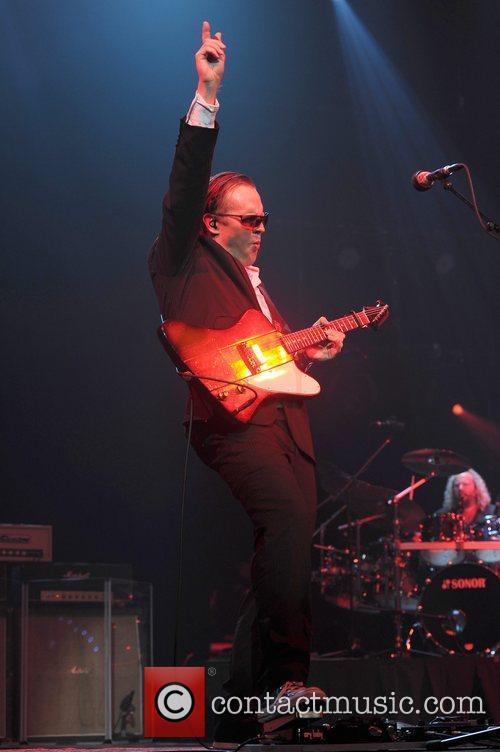 Joe Bonamassa, Seminole Hard Rock Hotel and Casino's Hard Rock Live 10