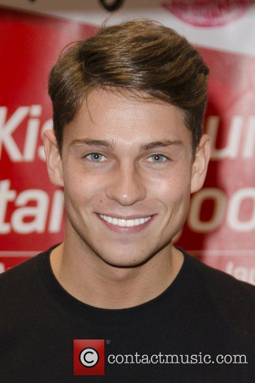 Joey Essex 4