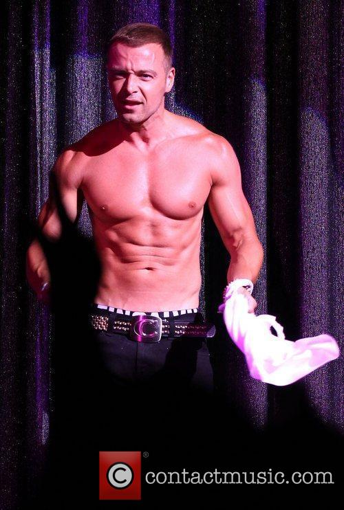 The Chippendales welcome new guest star Joey Lawrence...