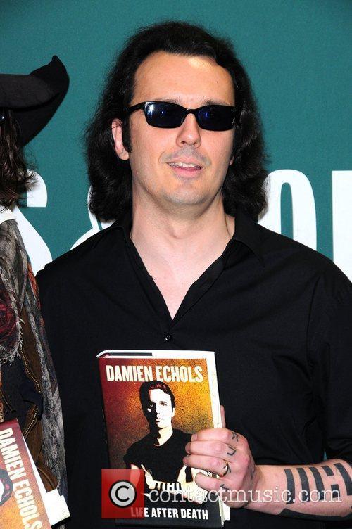Damien Echols Damien Echols in Conversation with Johnny...