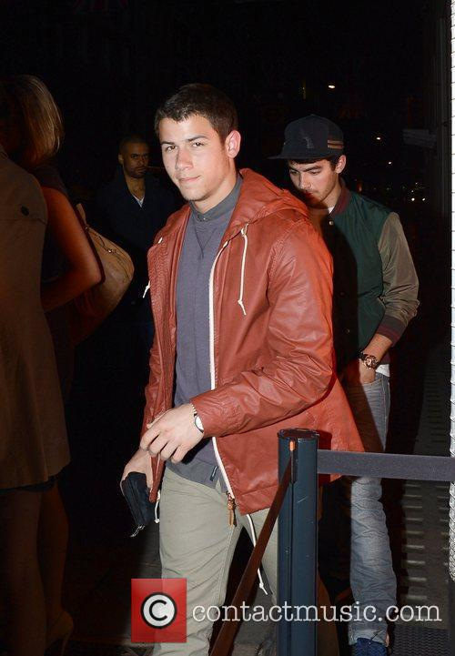 Kevin Jonas leaves the exclusive Hakkasan restaurant in...