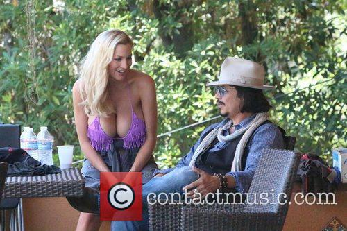 Jordan Carver and Johnny Depp 1