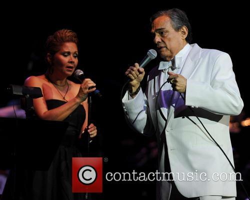 Jose Jose Jose Jose performing live in concert...