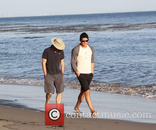 Josh Hartnett takes a walk along Malibu Beach...