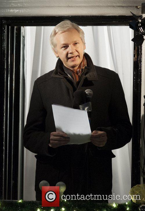 WikiLeaks founder addresses crowd from the Ecuadorian Embassy...