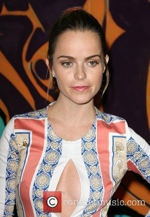 taryn manning ubisofts just dance 4 launch 4109902