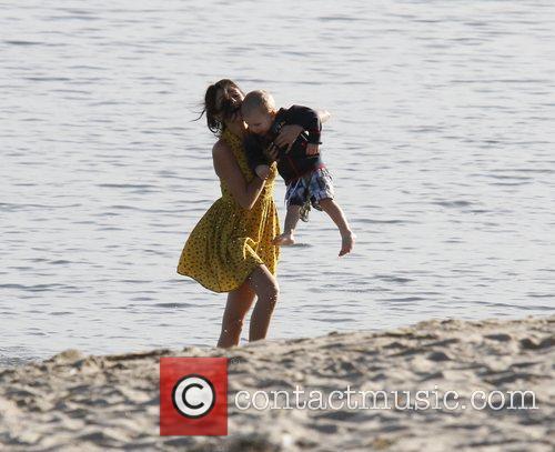 Selena Gomez, Justin Bieber and Malibu Beach 11
