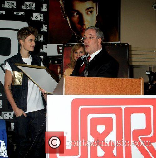 Justin Beiber, Rachelle Friedman CEO of J&R Music...
