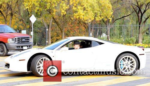 Pop, Justin Bieber, Calabasas Estate, Ferrari and Selena Gomez 7