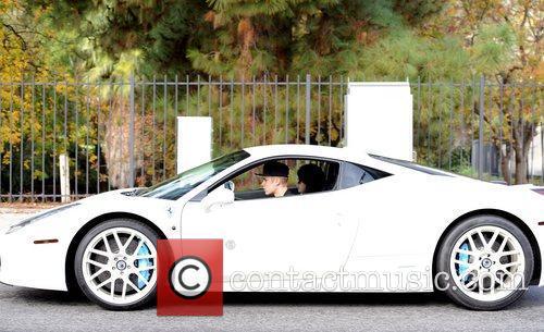 Justin Bieber and Selena Gomez 3