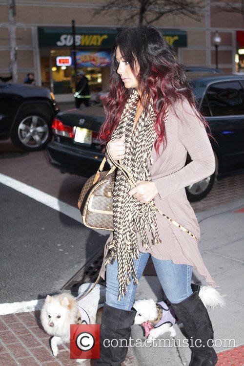 jenni jwoww farley walking her two dogs 5802423