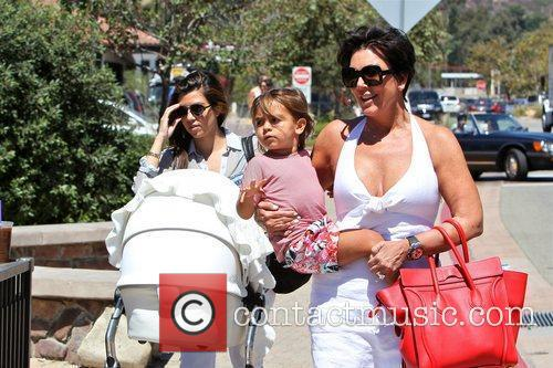 Kourtney Kardashian, Kris Jenner and Mason 2