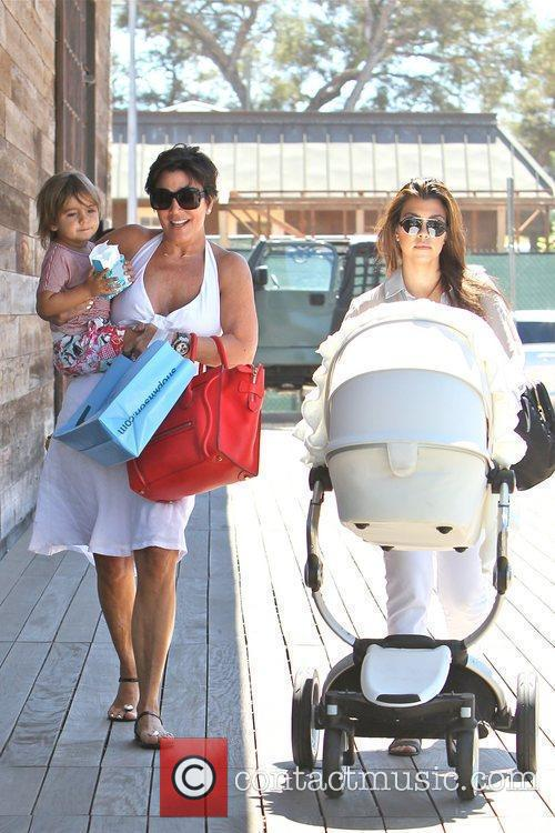 Kourtney Kardashian, Kris Jenner and Mason 8