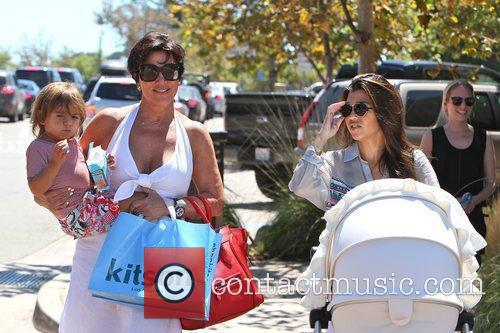 Kourtney Kardashian, Kris Jenner and Mason 9