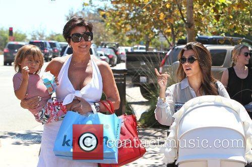 Kourtney Kardashian, Kris Jenner and Mason 10