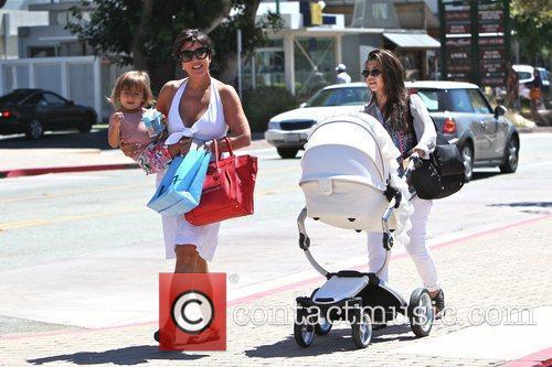 Kourtney Kardashian, kris jenner and Mason 14