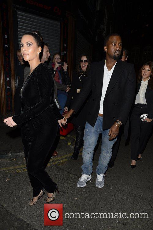 Kim Kardashian, Kanye West, Khloe Kardashian, Kourtney Kardashian, Scott Disick and Hakkasan 14